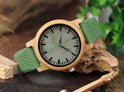 reloj madera bambu verde